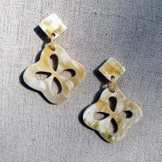 Flower horn earrings