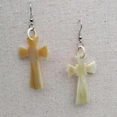 Hornohrringe Kreuz