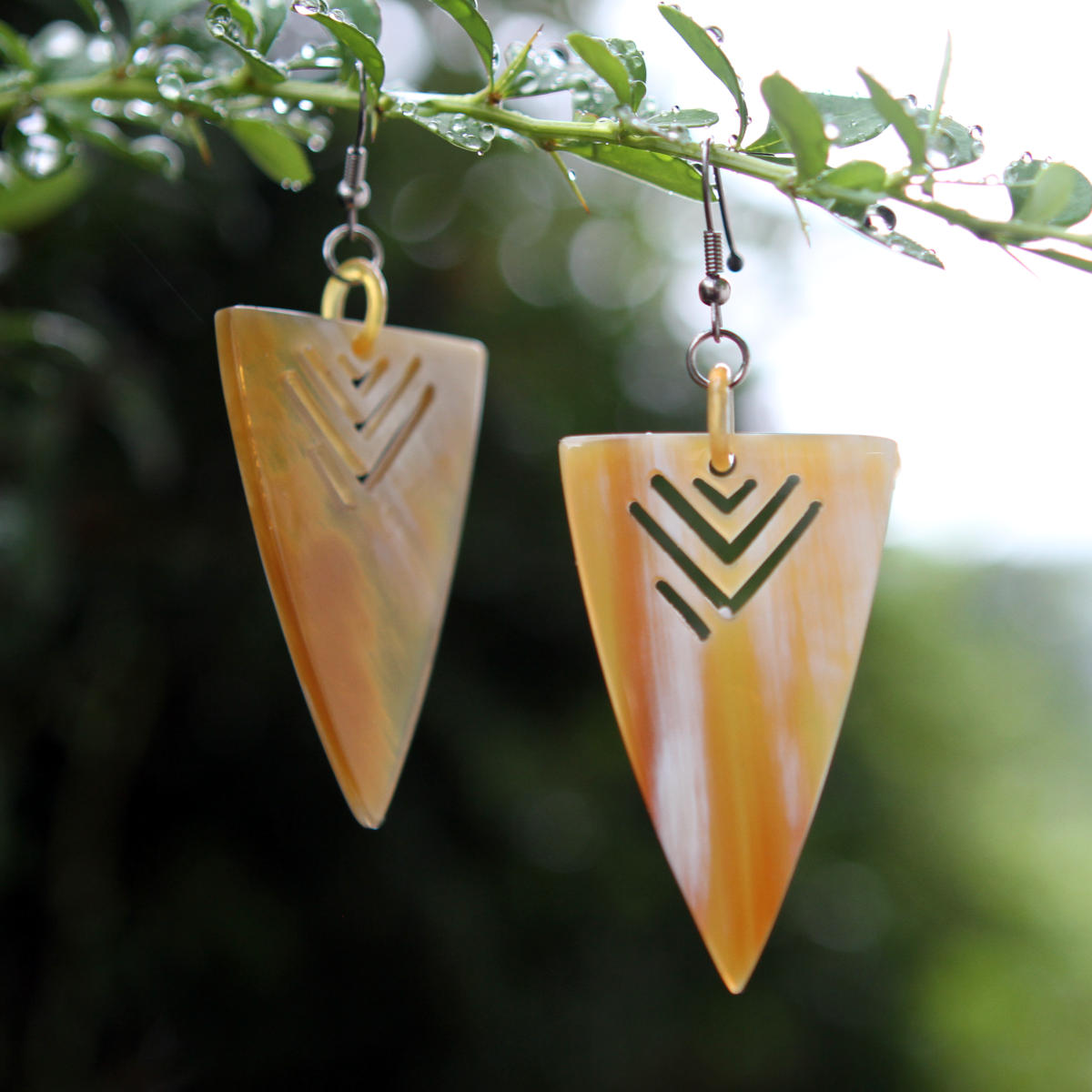 Ethnic earrings, handmade from natural horn, fair trade horn jewelry