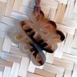 Hornanhänger, geschwungener Knoten